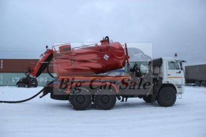 Самосвальная вакуумная цистерна АКНС-10 на полноприводном шасси КАМАЗ 43118
