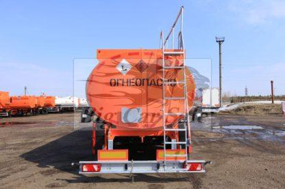 Стальная цистерна ППЦ-28 НЕФАЗ 96931-07 для светлых нефтепродуктов
