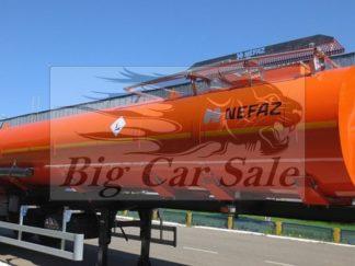 Утеплённый полуприцеп НЕФАЗ 96744 для перевозки сырой нефти для тягача вездехода