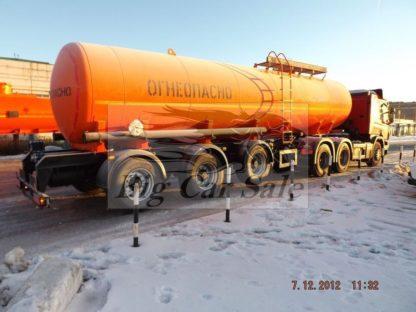Трёхосный стальной нефтевоз НЕФАЗ 96931-04 28000 литров