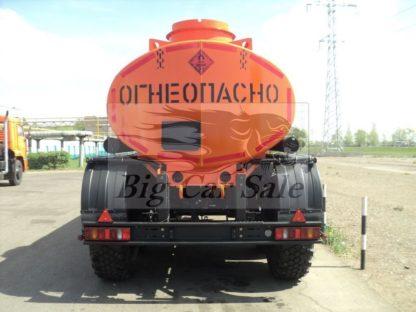 Стальная цистерна НЕФАЗ 96741-30 для светлых нефтепродуктов
